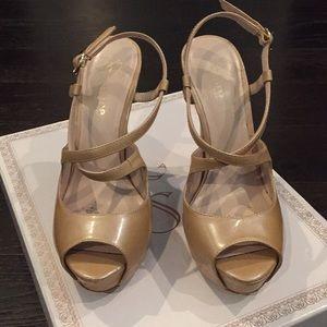 Flounce Dazzle Platform Sandal